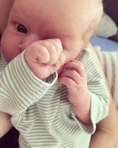 Die kleine Ida wird Boxerin | Instagram: annikaundida | www.solomamapluseins.de