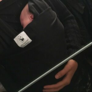 Solomama Mina mit Melli als Baby | www.solomamapluseins.de