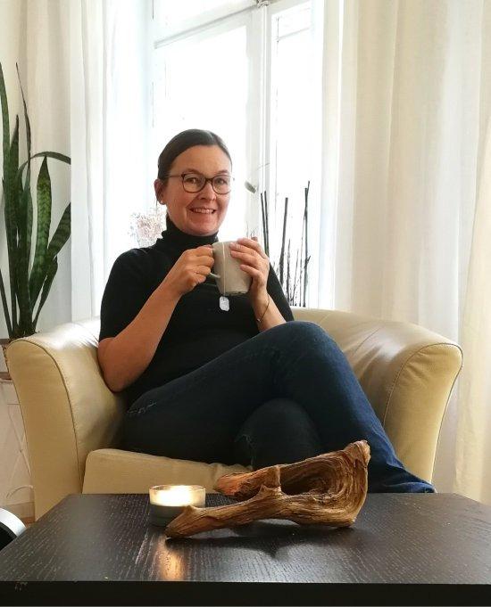 Paartherapeutin Kathrin Steinke in ihrer Berliner Kinderwunschpraxis