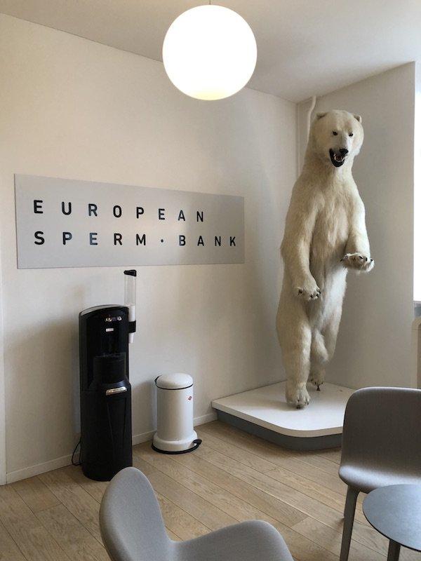 Eingangsbereich der dänischen European Sperm Bank (ESB)