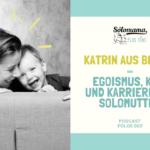 Solomutter Katrin aus Berlin hat einen dreijährigen Sohn von einem Samenspender, arbeitet aktuell in Vollzeit aus dem Homeoffice, während sie parallel ihr Kind betreut. In dieser Podcast-Folge erzählt sie, warum diese Konstellation nicht immer ganz einfach ist und weshalb sie in Vollzeit arbeitet und ihr Kind in die Kita gibt, wenn es doch ihr sehnlichster Wunsch war, Mutter zu werden. Außerdem spricht Katrin offen über finanzielle Ungerechtigkeit als Single Mom by Choice und darüber, warum sie es nicht als egoistisch empfindet, dass sie als Single alleine Mutter geworden ist. Möchtest du mehr über Katrin erfahren, kannst du ihr hier über Instagram folgen: https://www.instagram.com/solomamaherz/ Hier geht's zu ihrer brandneuen Website: https://solomamaherz.de/